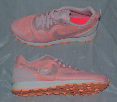 cheap for discount 657fc ae76e Nike Women s MD Runner 2 BR Running Shoes size 7 style 902858-600