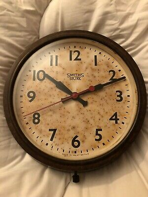 Retro - Smiths Sectric Bakelite Electric Wall Clock - Untested