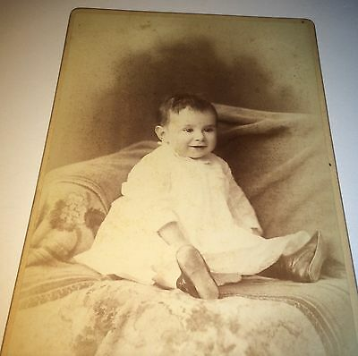 Antique Adorable Victorian Smiling Child / Baby ID'd! New Haven CT Cabinet Photo