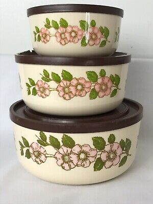 Vintage Retro Kitsch Set of Three Graduating Floral Tupperware Bowls 1960's