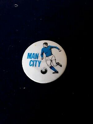 VINTAGE ORIGINAL 1970s MANCHESTER CITY BADGE  PIN BUTTON EXC CONDITION FOR AGE