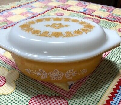 VTG Pyrex Butterfly Gold 043 1-1/2 Quart Oval Casserole Dish with Original Lid