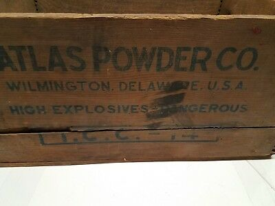 Vintage Atlas Powder Company Giant Dynamite High Explosives Wood Wooden Crate