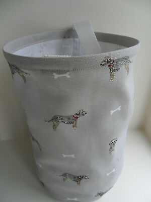 Hanging Clothes Peg Bag, Laundry Pot Handmade, Sophie Allport Terrier Dog Fabric