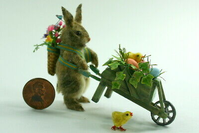 Dollhouse Miniature Beautiful Spring Flowers in Basket  Perfect for Easter N8197