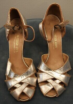 SMALL  ORIGINAL VINTAGE   1930s WOMENS SILVER  BUCKLE UP EVENING SHOES.