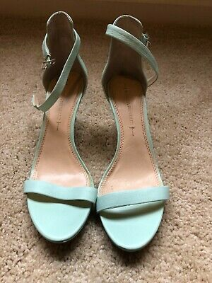 b910f2d333 Women's Banana Republic mint green high heel strappy sandal shoes size 8