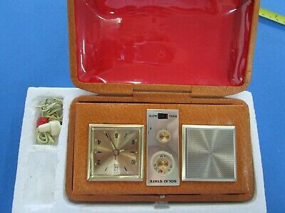 "Vintage Retro   Travelling Radio and Clock ""WORKING AM"" in Hard Leather Case"