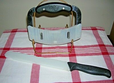 "SET Pampered Chef Serrated 9"" Bread Knife and Crimp Chopper w/Protective Covers"