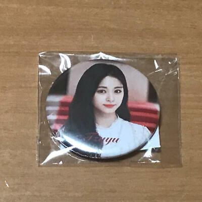 TWICE DOME TOUR 2019 Dreamday Official Goods Tzu-Yu K-Pop Can Badge Japan F/S