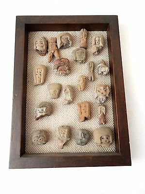 Rare Pre Colombian 21 fragments of Valdivia Female Figurines