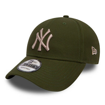 New York Yankees New Era Essential Rifle Green 9FORTY Cap - New w/Tags
