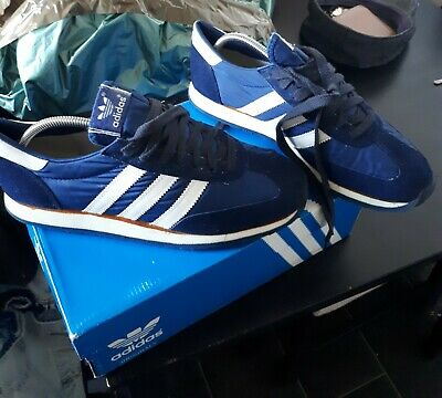 Vintage Adidas Gazelle from '74 '75, manufactured in Canada