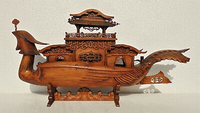 CINA (China): Old and very fine Chinese wood boat