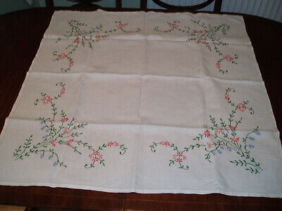 "VINTAGE LINEN EMBROIDERED TABLE CLOTH 33"" x 33"""
