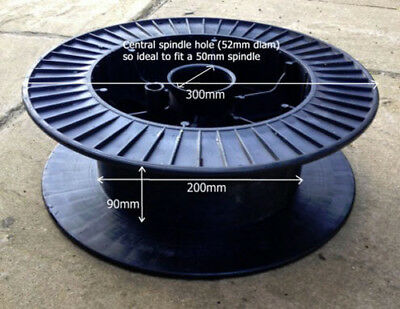Heavy Duty Cable Reel in Black ABS Plastic - for Cables / Ropes / Lighting