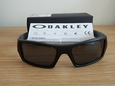 d50b136f89935 Genuine Mens Oakley Gascan Wrap Sunglasses Matte Black  Grey Mint Condition