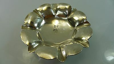 Lovely Old Solid Silver 88 Grams Small Round Tray/dish Standing On Three Legs