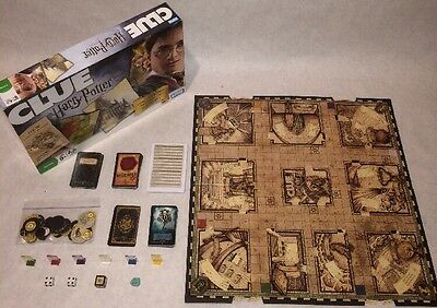 Clue Harry Potter Edition 2008 Parker Brothers Moving Hogwarts Game Board
