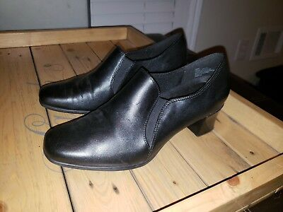 b9f94a7bc77a Liz Baker Womens Black Leather Loafers Size 8M Shoe Booties High Heel