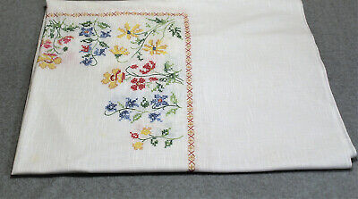 """Vtg Handmade White Cross Stitch Embroidery FLORAL TABLECLOTH 106""""x 60"""" Rectangle"""
