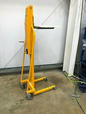 100KG Manual Winch Stacker