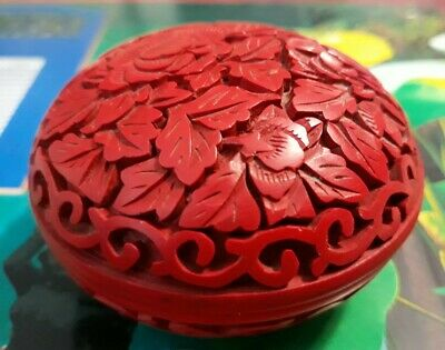 Fine Vintage Chinese Carved Red Cinnabar Lacquer Floral Round Ink Trinket Box