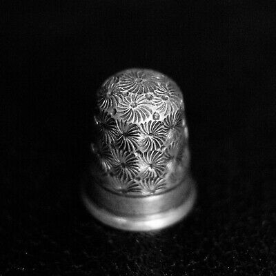 Antique Vintage 925 Sterling Silver Thimble Circle Wave Patterned