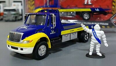 1/64 International Tow Truck Michelin & Michelin Man Greenlight Aus Free Post
