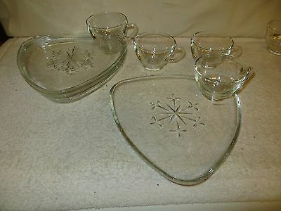 """4 Vtg Indiana Glass """"Snowflake"""" Clear Snack Sets - Atomic Triangle - Mid-Century"""