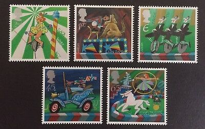 GB 2002 Circus Stamp Set - Mint Never Hinged