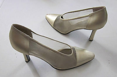 aac8b9026ac Yves Saint Laurent VINTAGE Gold Mesh Evening Pump Heel Shoes Size 8 M ITALY