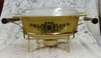 1967 Promo Pyrex Golden Garland Casserole #043 Lid Warming Cradle Carrier Rack