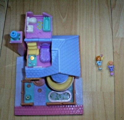 Vintage Polly Pocket 1993 BAY WINDOW HOUSE Lights Up  Two figures