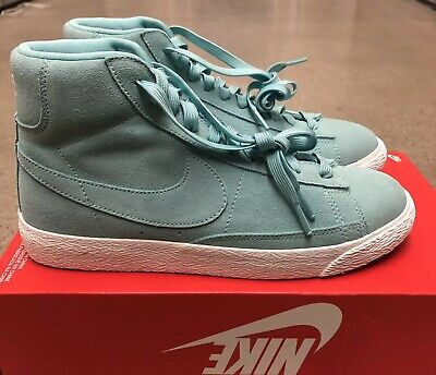 the latest fe1db decdd NIKE BLAZER MID GS Grade School Boy Girl Youth Shoes 895850 302 Size Green  7Y