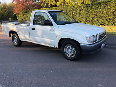 1998 Toyota hilux 2wd 2.4 non turbo (export)