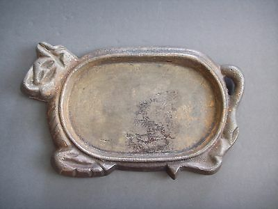 Antique Heavy Cast Iron Bull Cow Shaped Sizzling Steak Plate Vintage BBQ Skillet