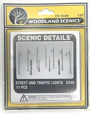 NEW! HO Woodland Scenic Details D248 Street and Traffic Lights (Metal Castings)