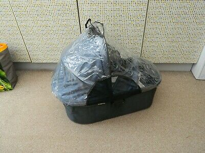 uppababy vista carrycot, with raincover and storage bag