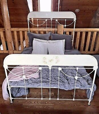 Antique French Style Cast Iron Metal Bed Full Size w/Rails