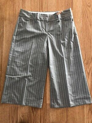 Express Ladies Size 4 Culottes Gray Pinstriped Pants Editor Cropped EXcellent