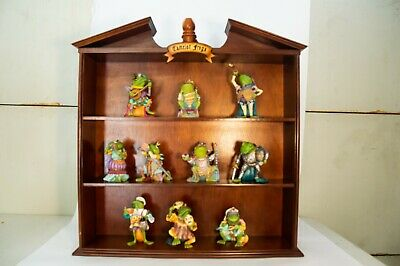 Hamilton Collection - Camelot Frogs, Lot of 10 Figurines with Display