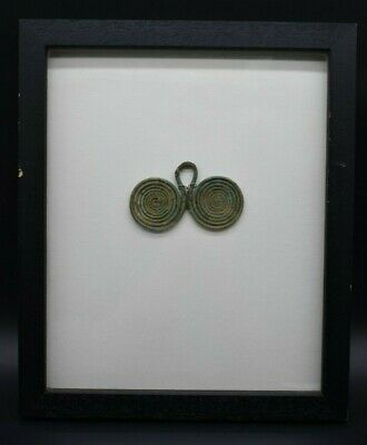 Impressive late Bronze Age spectacle brooch C. 900 - 700 BC - FRAMED