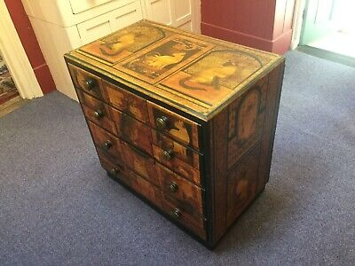 Decorative cat chest of drawers