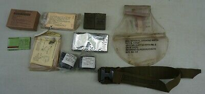 Miscellaneous lot of Army Aviation survival vest items 1980 -90 (LOC = G1)
