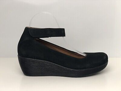1accbcd44 Clarks Wynnmere Fox Women s Black Suede Wedge Court Shoe UK Size 6