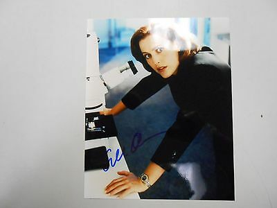 EARLY SIGNED Gillian Anderson 8 x 10 inch photograph with COA! RARE PICTURE!
