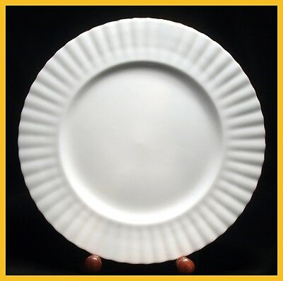 Royal Albert Val D'or 10 1/4 Inch Dinner Plates - 1st Quality - Excellent Condit
