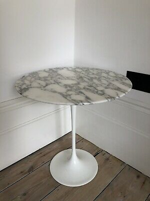 Tulip side table by Eero Saarinen for Knoll - Retro Mid Century Skandium