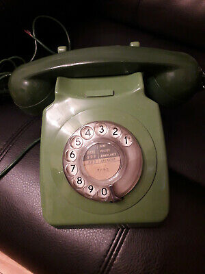 Green BT 746 Vintage Retro Rotary Dial Telephone - Working